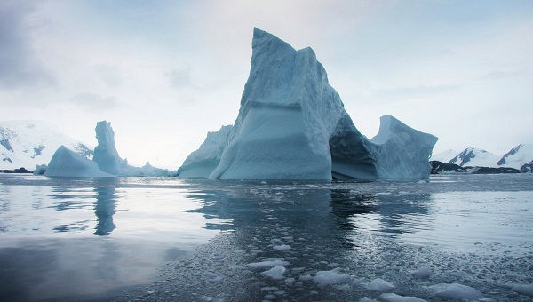 НАСА: один из ледовых щитов Антарктики полностью исчезнет этим летом