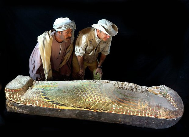 Археологи нашли в Египте саркофаг с мумией возрастом 3,6 тысячи лет