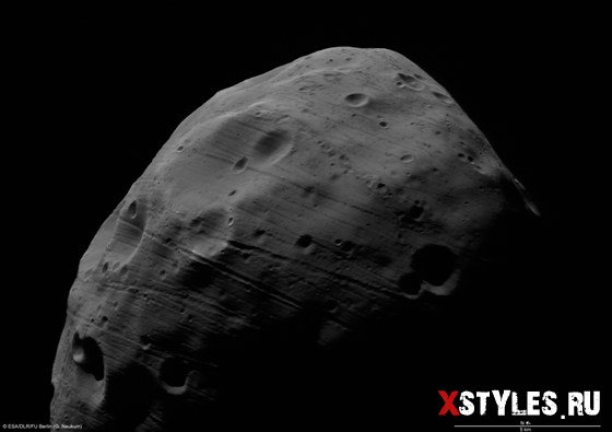 Новые фото Фобоса через оптику Mars Express