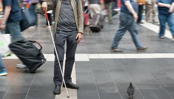 Слепые люди действительно видят ушами.