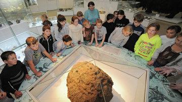"""Около 20 л воды испарилось из метеорита """"Челябинск"""", рассказал эксперт"""